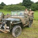 Lukas Beran und Jaromir Svoboda mit Jeep Willys, Baujahr 1942