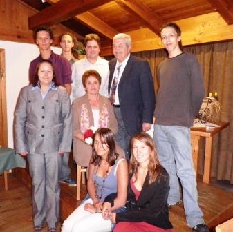 70. Geb. Angela und Leopold Kalbacher mit Enkerl 2