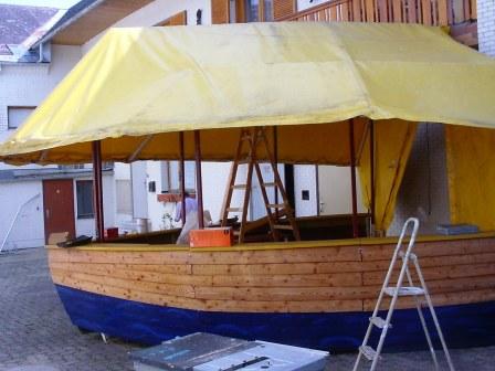 Schiffsbar in Arbeit