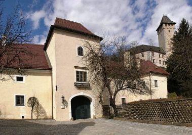 Meierhof mit Schloss